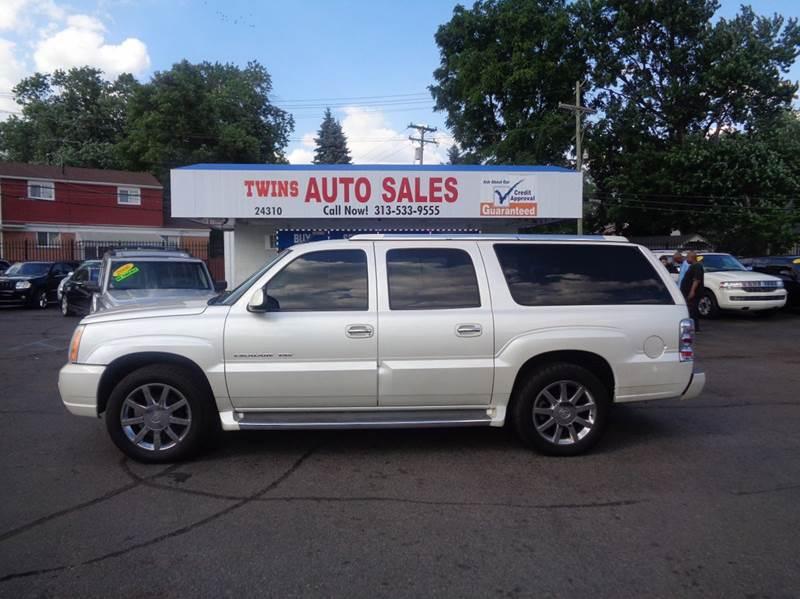 2004 CADILLAC ESCALADE ESV PLATINUM EDITION AWD 4DR SUV white 2004 cadillac escalade esv platinum