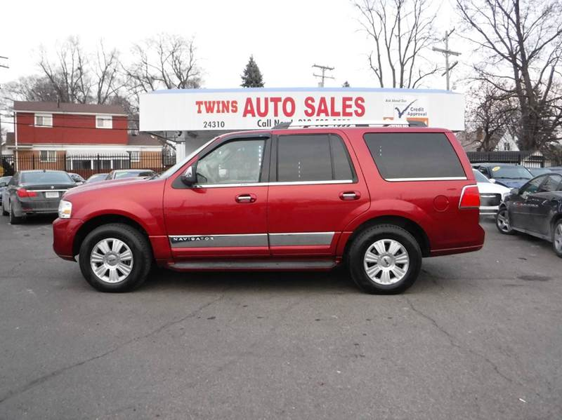 2008 LINCOLN NAVIGATOR BASE 4DR SUV 4WD red 2008 lincoln navigator super cleanmust seewe fin