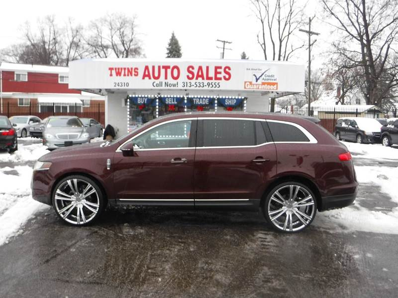 2010 LINCOLN MKT BASE 4DR CROSSOVER brown 2010 lincoln mkt super cleanmust seewe finance v