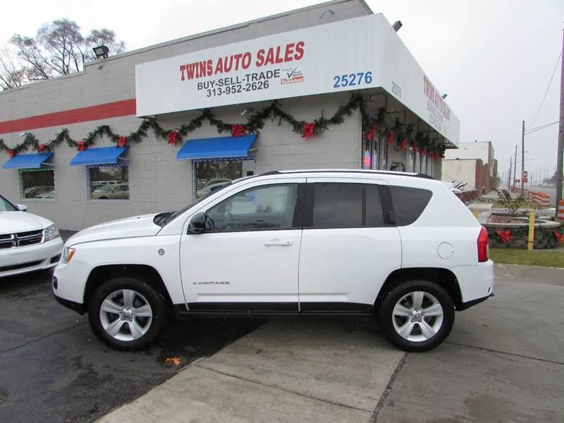 2011 JEEP COMPASS LIMITED 4X4 4DR SUV whtie 2011 jeep compass limitedlike newmust seewe fina