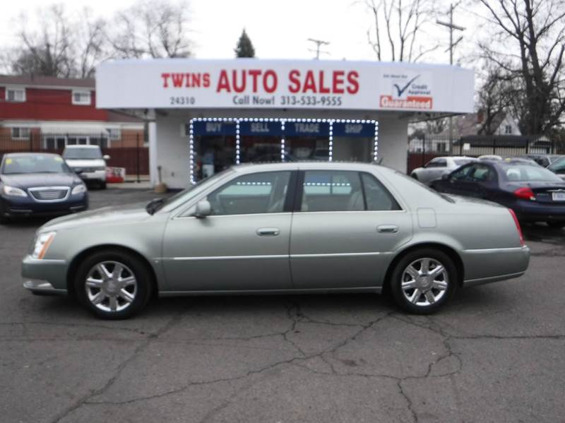 2006 CADILLAC DTS LUXURY I 4DR SEDAN silver 2006 cadillac dts super cleanmust seewe finance
