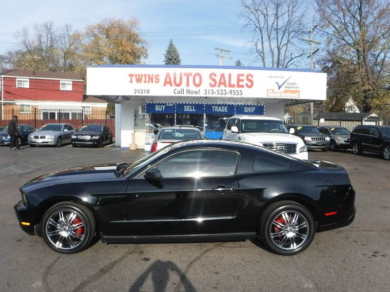 2010 FORD MUSTANG V6 2DR COUPE black 2010 ford mustang super cleanmust seewe finance v6