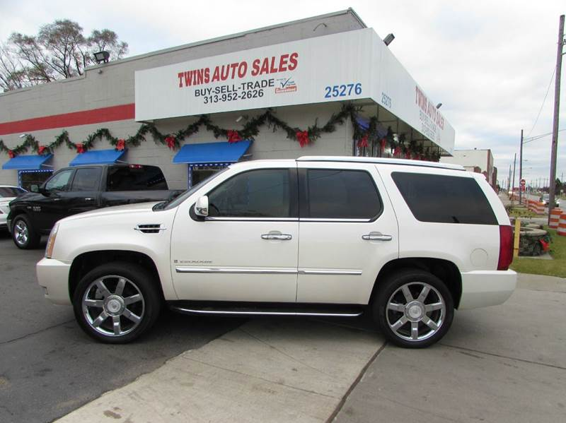 2007 CADILLAC ESCALADE BASE AWD 4DR SUV white 2007 cadillac escalade super cleanmust seewe f