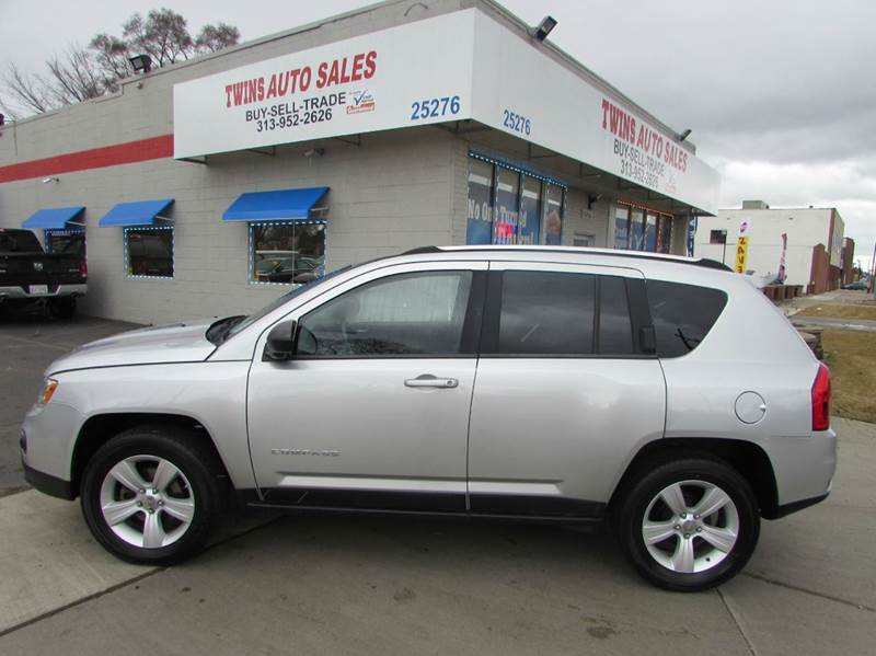 2011 JEEP COMPASS LATITUDE 4DR SUV silver 2011 jeep compass latitude super cleanmust seewe f
