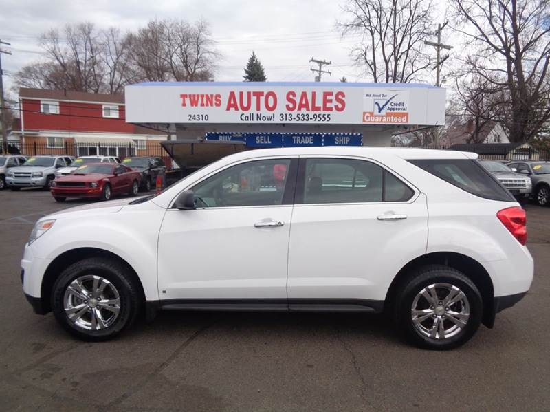 2010 CHEVROLET EQUINOX LS AWD 4DR SUV white 2010 chevrolet equinox ls super cleanmust seewe