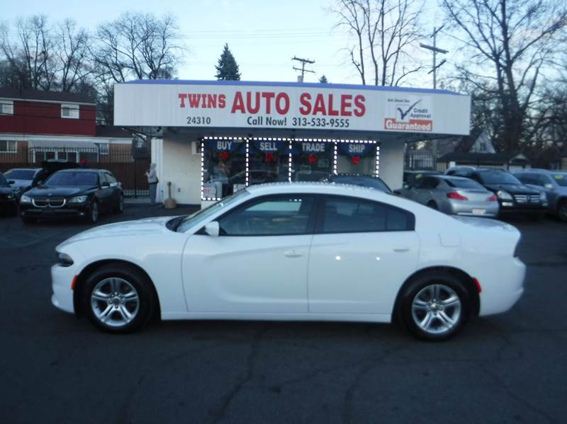 2015 DODGE CHARGER SE 4DR SEDAN white 2015 dodge charger se like newlow milesfinancing avail
