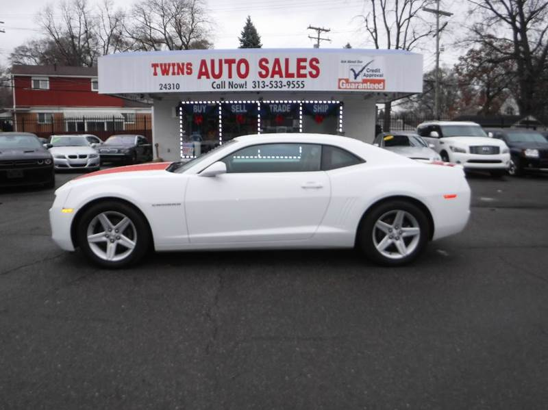 2012 CHEVROLET CAMARO LT 2DR COUPE W1LT white 2012 chevrolet camero ltmust seebeautiful