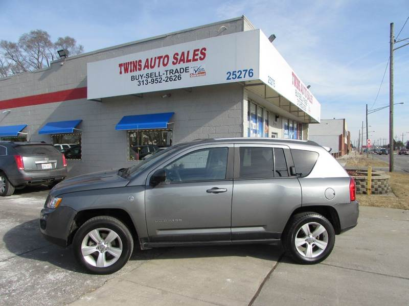 2011 JEEP COMPASS LATITUDE 4X4 4DR SUV gray 2011 jeep compass latitudesuper cleanmust seewe