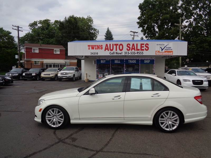 2009 MERCEDES-BENZ C-CLASS C300 SPORT 4MATIC AWD 4DR SEDAN white 2009 mercedes benz c300 sport 4m