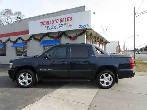 2007 Chevrolet Avalanche for sale in Redford, MI