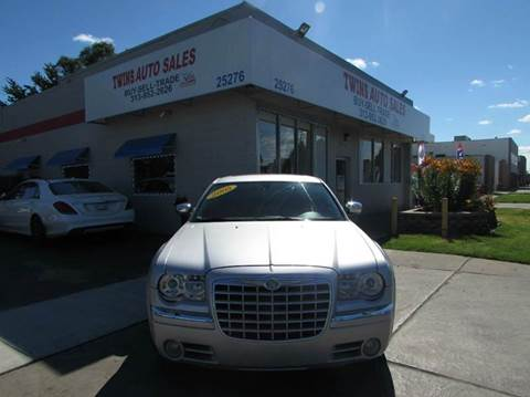 2005 Chrysler 300 for sale in Redford, MI