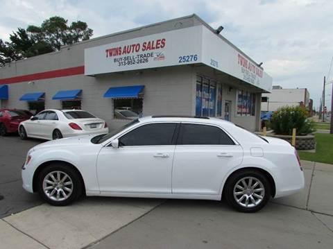 2013 Chrysler 300 for sale in Redford, MI