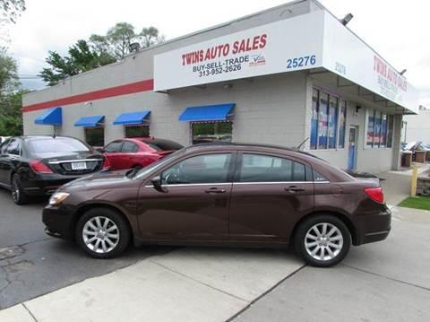2013 Chrysler 200 for sale in Redford, MI
