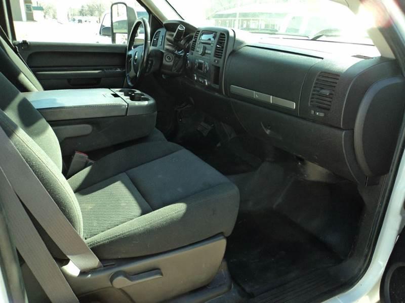 2011 Chevrolet Silverado 2500HD LT 4x4 4dr Extended Cab LB - Topeka KS