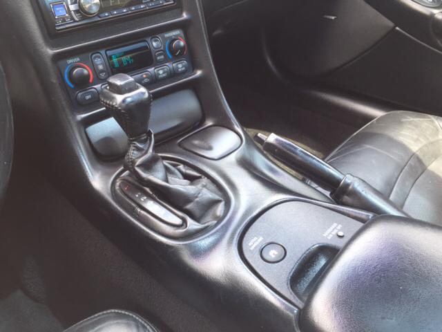 2004 Chevrolet Corvette Base 2dr Coupe - Fredericksburg VA