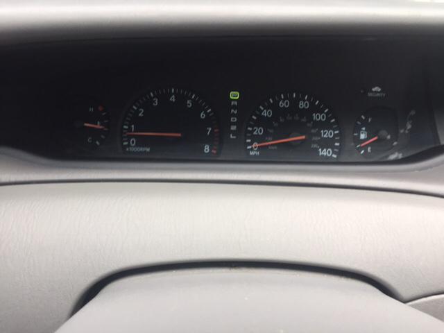 2004 Toyota Avalon XLS 4dr Sedan w/Bucket Seats - Fredericksburg VA