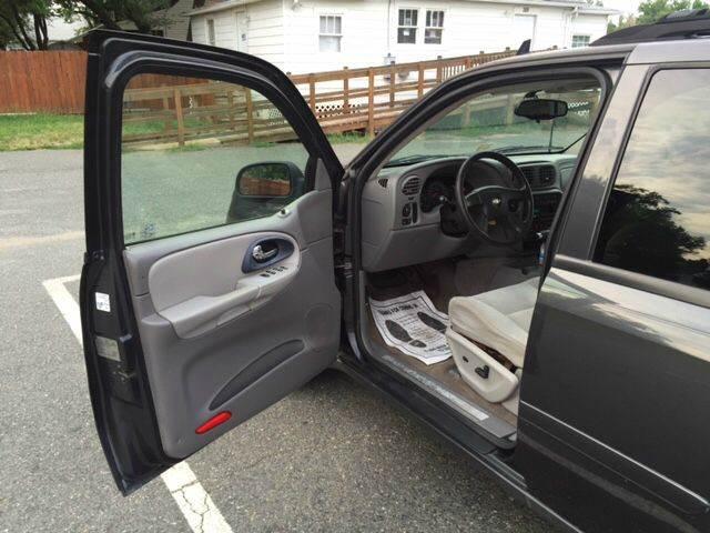 2007 Chevrolet TrailBlazer LS 4dr SUV 4WD - Fredericksburg VA