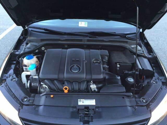 2012 Volkswagen Jetta SE PZEV 4dr Sedan 6A - Fredericksburg VA