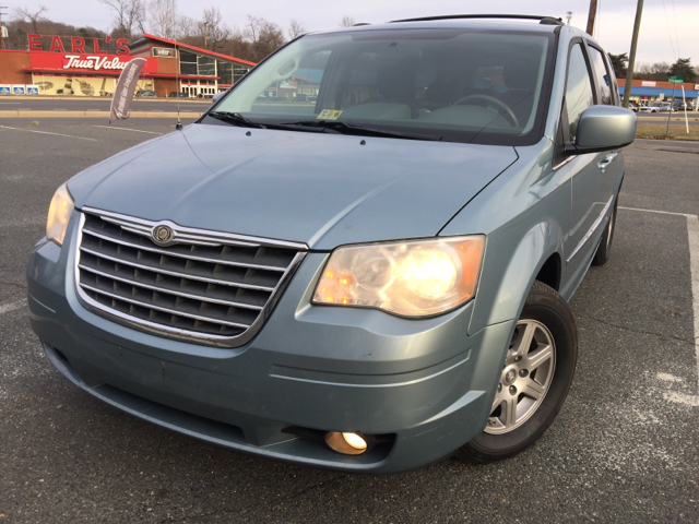 2010 Chrysler Town and Country for sale in Fredericksburg, VA
