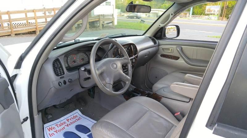 2002 Toyota Sequoia Limited 4WD 4dr SUV - Fredericksburg VA