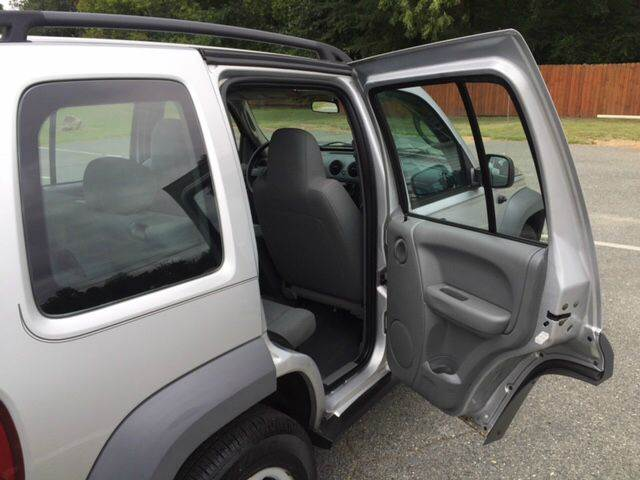 2006 Jeep Liberty Sport 4dr SUV 4WD - Fredericksburg VA