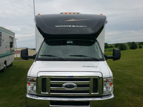 2010 Winnebago ASPECT 28