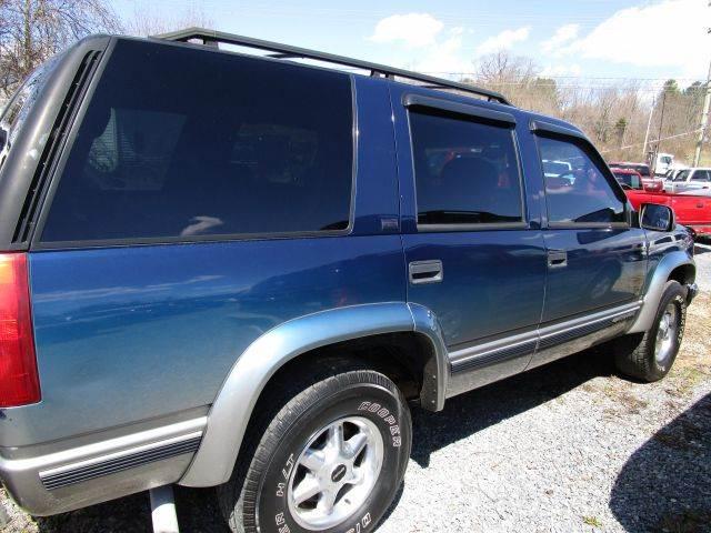 1999 CHEVROLET TAHOE LT 4DR 4WD SUV blue abs - 4-wheel bumper color - chrome cassette cruise c