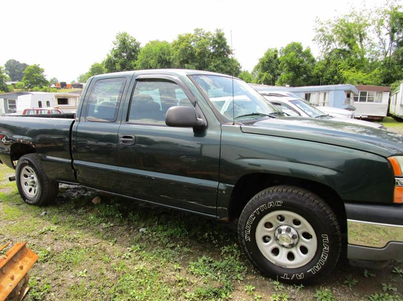 2005 CHEVROLET SILVERADO 1500 BASE 4DR EXTENDED CAB 4WD SB green 4wd type - part time abs - 4-wh