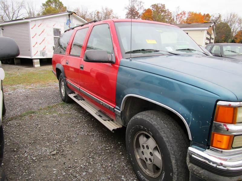 1994 CHEVROLET SUBURBAN K1500 4DR 4WD SUV red abs - 4-wheel clock front seat type - bench fron