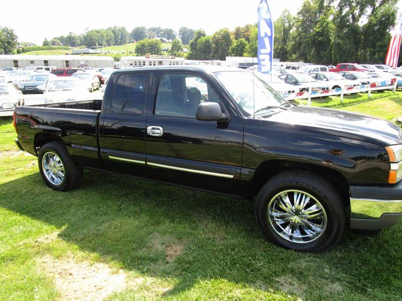 2005 CHEVROLET SILVERADO 1500 LS 4DR EXTENDED CAB 4WD SB black 4wd type - part time abs - 4-whee