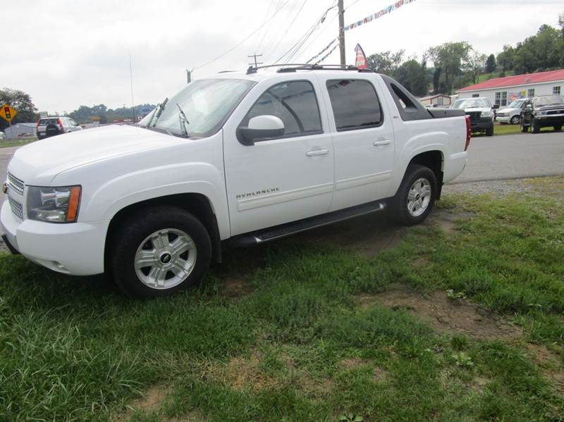 2011 CHEVROLET AVALANCHE LT 4X4 4DR CREW CAB PICKUP white 2-stage unlocking doors 4wd selector -