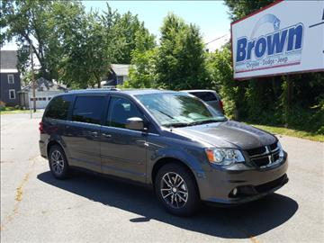 Dodge grand caravan for sale newton ia for Brown motors greenfield ma service