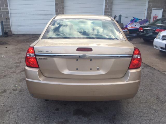 2004 Chevrolet Malibu Base 4dr Sedan - Saint Louis MO