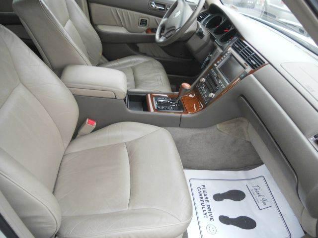 2004 Acura RL 3.5 4dr Sedan w/Navi - Lee'S Summit MO