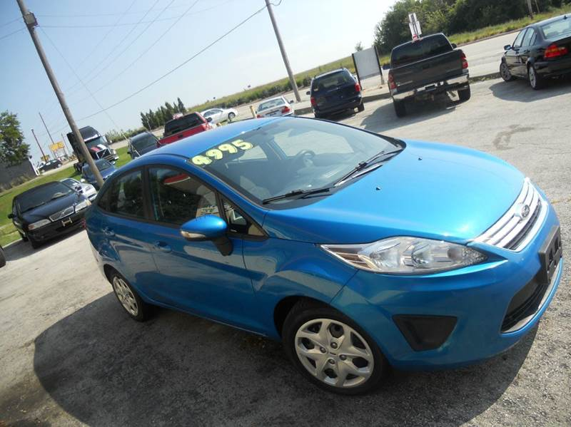 2013 Ford Fiesta SE 4dr Sedan - Lee'S Summit MO