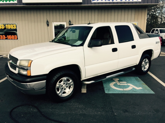 2004 CHEVROLET AVALANCHE 1500 4DR CREW CAB 4WD white buy here pay here abs - 4-wheel anti-theft