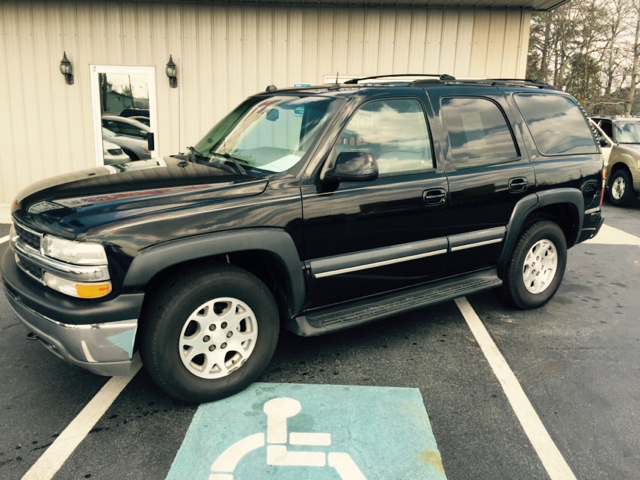 2004 CHEVROLET TAHOE LT 4WD 4DR SUV black abs - 4-wheel adjustable pedals - power anti-theft sys