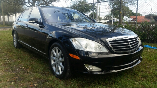 2008 MERCEDES-BENZ S-CLASS S550 4MATIC AWD 4DR SEDAN black for more information call 3059280701 or
