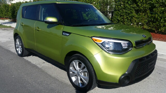 2014 KIA SOUL  4DR WAGON green 2-stage unlocking doors abs - 4-wheel active head restraints -
