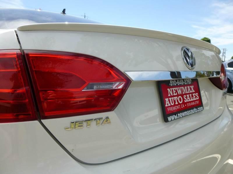 2013 Volkswagen Jetta SEL PZEV 4dr Sedan 6A w/ Navigation - Hayward CA