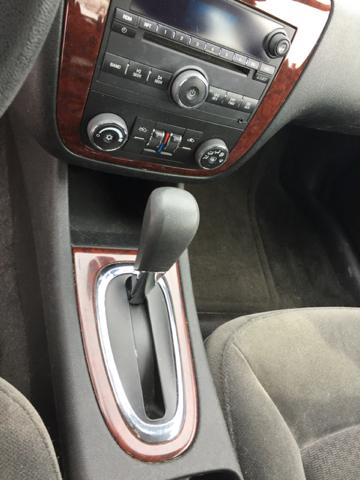 2009 Chevrolet Impala LT 4dr Sedan - Bristol CT