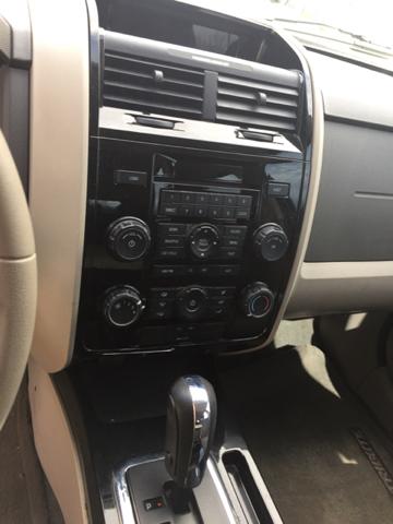 2008 Mazda Tribute AWD i Sport 4dr SUV (2.3L I4 4A) - Bristol CT