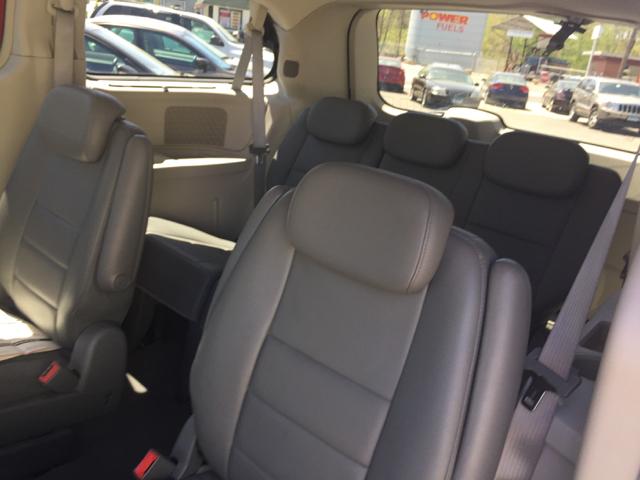 2008 Dodge Grand Caravan SXT Extended Mini-Van 4dr - Bristol CT