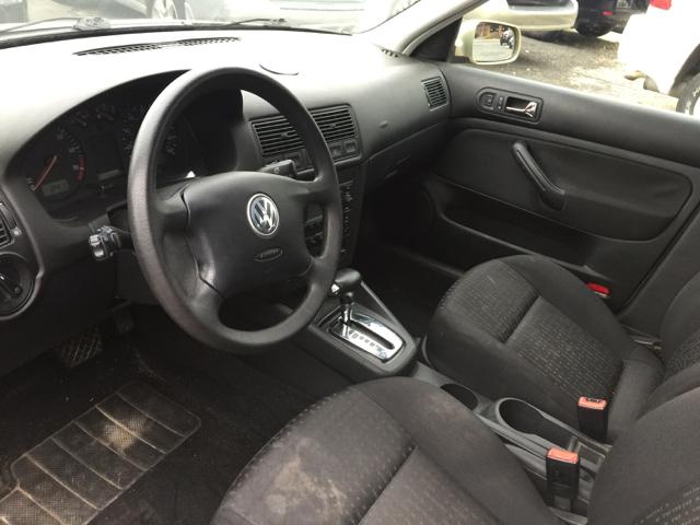 2004 Volkswagen Golf GL 4dr Hatchback - Bristol CT