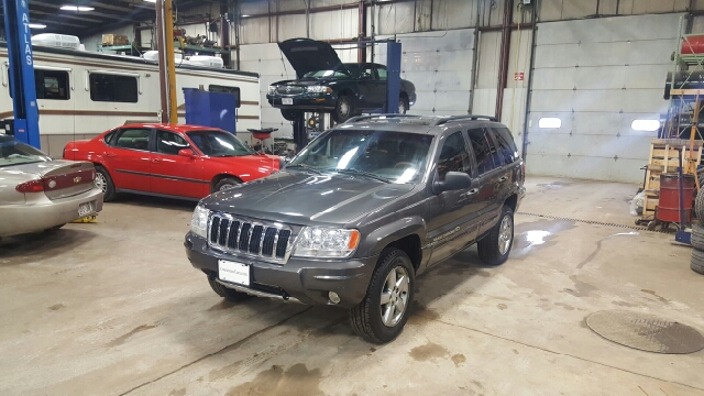 2004 Jeep Grand Cherokee Overland 4WD 4dr SUV - Appleton WI