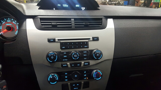 2011 Ford Focus SE 4dr Sedan - Appleton WI