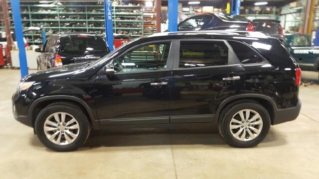 2011 Kia Sorento EX 4dr SUV - Appleton WI
