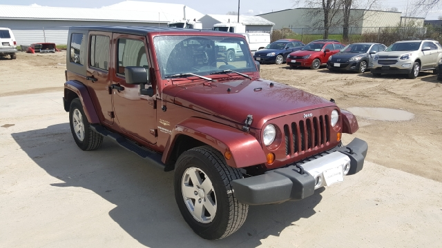 2008 Jeep Wrangler Unlimited 4x4 Sahara 4dr SUV - Appleton WI