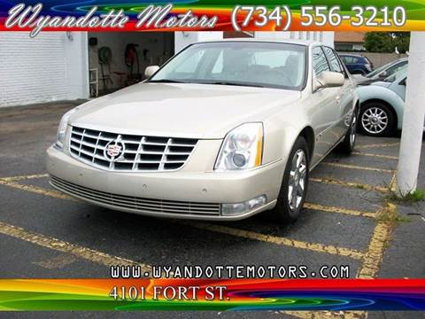 2007 Cadillac DTS for sale in Wyandotte, MI