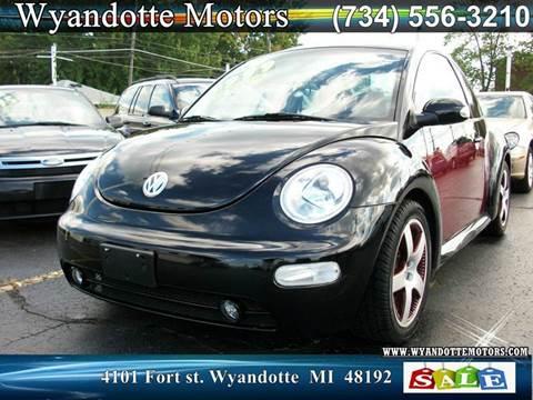 2005 Volkswagen New Beetle for sale in Wyandotte, MI